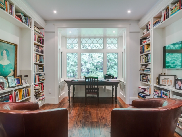 Built-Ins/Bookcases